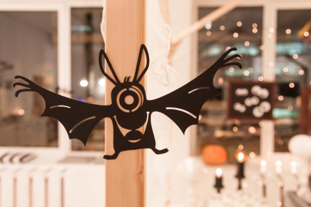 Helovino dekoracijos - popieriniai šikšnorsparniai