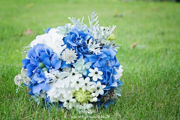 Nuotkaos puokštė - mėlyna balta melsva