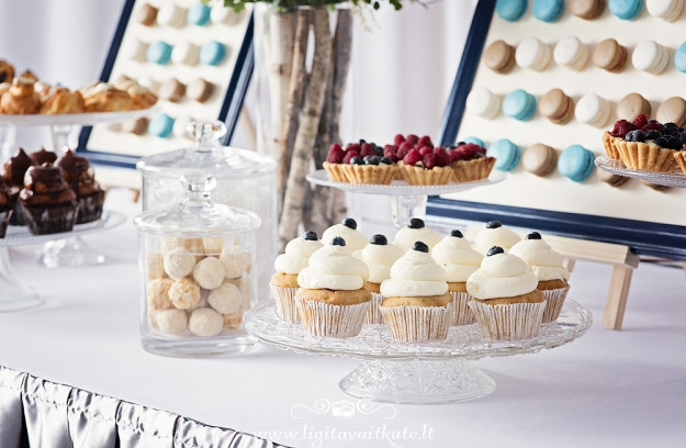 Saldaus stalo dekoras - keksiukai